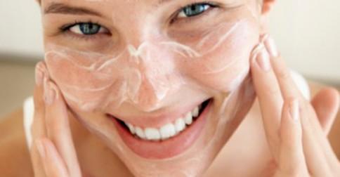 Como-hidratar-a-pele-depois-da-depilação-depila-tudo