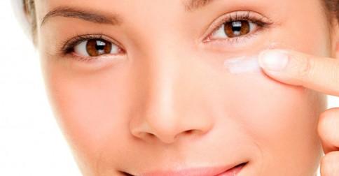 Cuidados-diários-para-manter-a-pele-sempre-bonita-depila-tudo