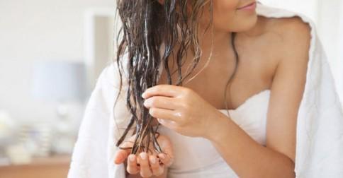 Hair-Growth-Masks-with-aloe-vera