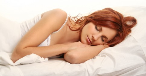 Vine-Vera-How-Sleep-Positions-Affect-Your-Skin